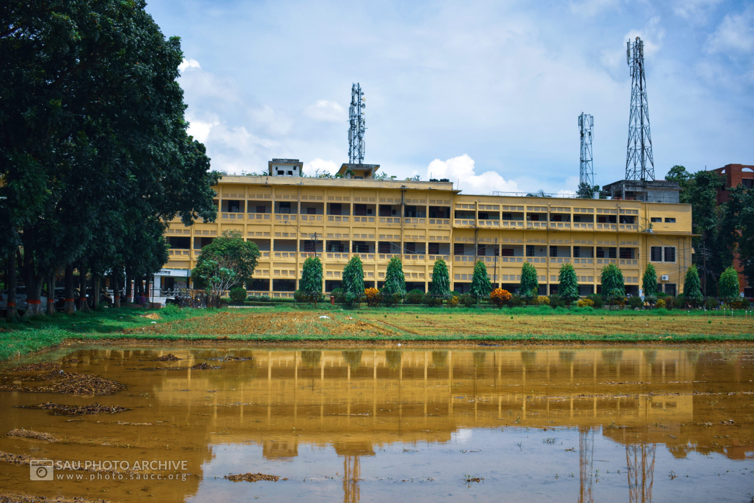 A Reflection photo is captured by Ahmed Imran Halimi at Sher-e-Bangla Agricultural University titled Reflection of Academic Building