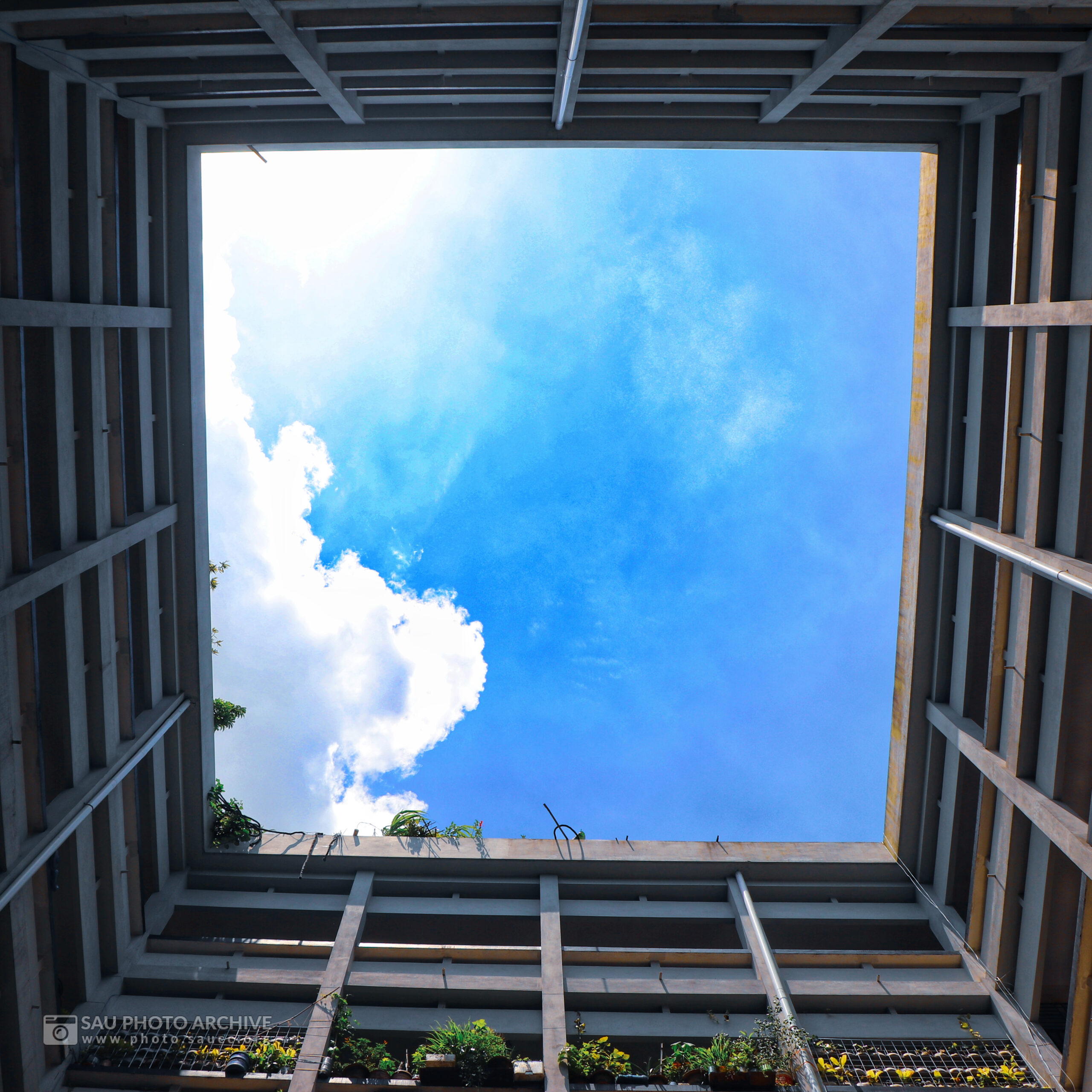 A Scenic photo is captured by Md. Nazmus Sakib Anik at Sher-e-Bangla Agricultural University titled Sky inside the Central Lab